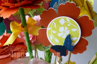 Flowers made with paper crafting 008