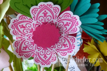 Flowers made with paper crafting 015