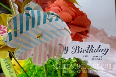 Flowers made with paper crafting 018