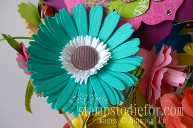 Flowers made with paper crafting 013