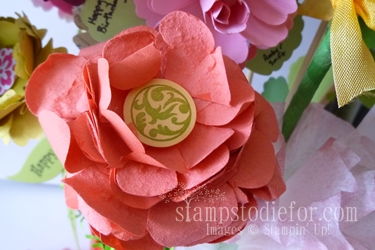 Flowers made with paper crafting 009